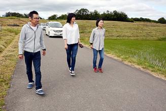 9月の棚田マラソンのコース候補地を確かめる実行委メンバーら
