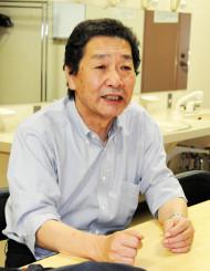「地域、人、過去と未来を『つなぐ』新聞、NIEの役割を実感できた」と大会の意義を語る阪根健二会長