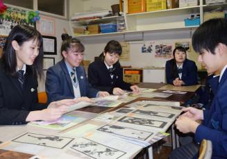 同世代の研究に刺激を受ける(左から)緑川遥香さん、佐藤つぐみさん、原田亜美さん