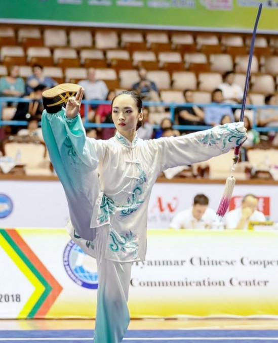 女子の太極拳で2位、太極剣は4位に入った斎藤志保(県武術太極拳連盟)=ミャンマー・ヤンゴン(日本武術太極拳連盟提供