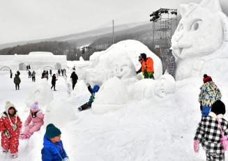 主会場を雫石町の岩手高原スノーパークに変更し、初めて広域開催された2018年2月のいわて雪まつり