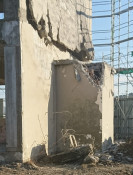 大槌旧庁舎、一部壊す 解体予定日の前に