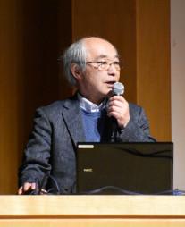 平泉の保存管理について講演する清水真一教授