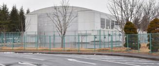 市が取得するNECプラットフォーズ一関事業所の体育館とテニスコート
