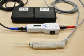 アイカムス・ラボが量産に乗り出すiPS細胞の移植装置