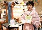 県南産絹をストールに 一関の呉服業・和とわ