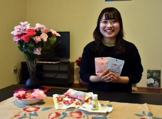 「椿部屋を通して大船渡に興味を持ってもらえたらうれしい」と話す蒲生奈緒香さん