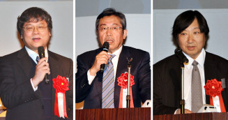 ILCの意義を語る(左から)岡田安弘理事、弘兼憲史氏、駒宮幸男教授