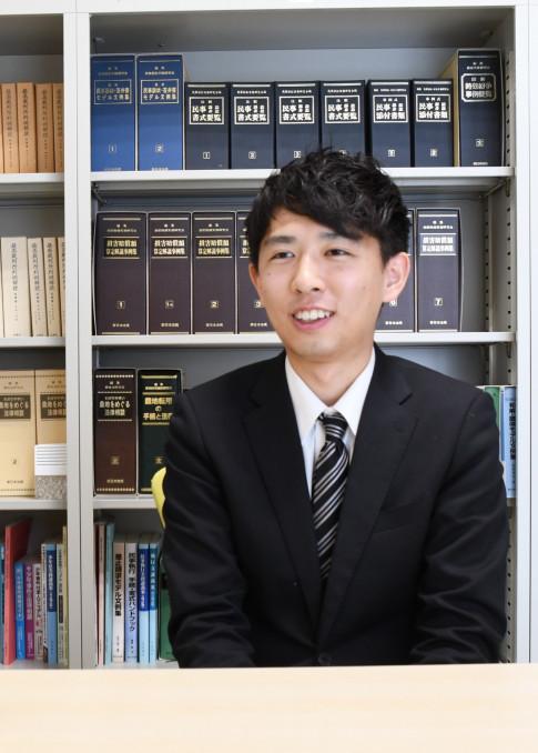 就業体験を通じ「人との距離を大切に支え合っていく仕事だと再認識した」と笑顔を見せる伊東信芳さん