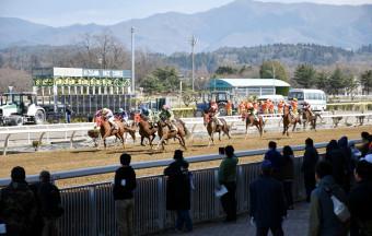 2019年度シーズンが開幕した岩手競馬。公正な競馬の確保が引き続き課題となる=6日、奥州市・水沢競馬場
