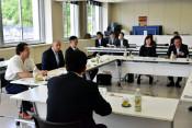 交通網生かした地域振興いかに 宮古で県政懇談会