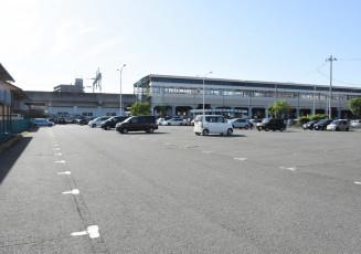 北上駅に隣接した市有地の有効的な利活用を進める駅東口駐車場
