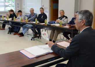 2020年東京五輪・パラリンピックの盛り上げの方策について意見交換する参加者