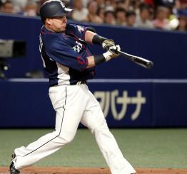 3回西武1死、山川穂高が左中間に本塁打を放つ=ナゴヤドーム