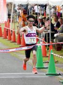 男子・工藤初V、女子は杉沢 焼走りマラソン10キロ16~39歳