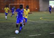 ブラジル代表、迫力のプレー 遠野で視覚障害者5人制サッカー