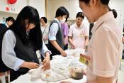 看護体験 将来へ膨らむ夢 宮古・高等学院オープンスクール