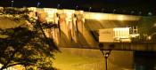 四十四田ダム、幻想的な輝き 盛岡、31日までライトアップ