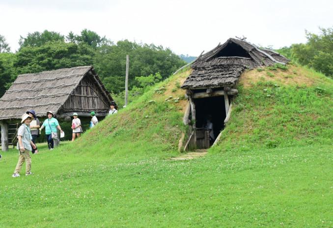 世界文化遺産の候補に決まった「北海道・北東北の縄文遺跡群」構成資産の御所野遺跡=30日、一戸町岩舘