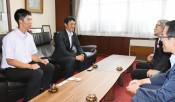 「元気なプレー見せたい」 甲子園出場の花巻東、本社訪問