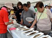 生サンマ焼き 提供困難に 25日の大船渡イベント、漁の出足鈍く