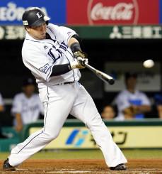 1回西武2死二、三塁、山川穂高が左越えに2点打を放つ=メットライフドーム