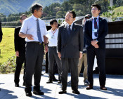 復興相が本県被災地視察 就任後初、釜石へ