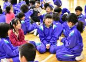 久しぶり 笑顔ほっと 宮古・重茂小が学校再開