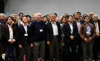 国際学会に集う国内外の研究者。ILCの実現に向け議論を深める=28日、仙台市・仙台国際センター