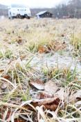 冬はすぐ足元に 八幡平市・安比高原で雪