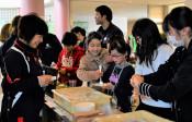 楽しさ発見、地元の仕事 奥州・江刺、児童が職業体験