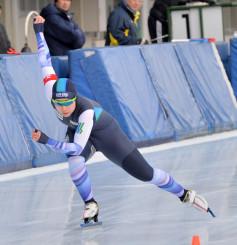 女子500メートル やや伸びを欠いたものの2位に入った松沢優花里(サンエスコンサルタント)=盛岡市・県営スケート場