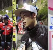 小林陵侑、予選4位 W杯スキー、ジャンプ男子第1戦