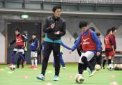 上達情熱アシスト 八幡平市でサッカー元代表・加地さん教室