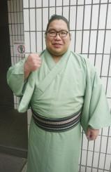 故郷での聖火リレーの走者に選ばれ、意気込む錦木=18日、東京・両国国技館
