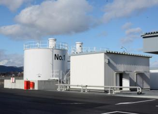 使用が始まった花巻空港の航空機燃料給油施設