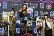 岩渕麗楽3位、日本勢が表彰台独占 スノーボードXゲーム