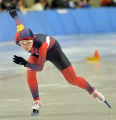 女子1000メートル 1分23秒20で7位入賞を果たした吉田雪乃(盛岡工)=北海道帯広市・明治北海道十勝オーバル