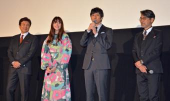 映画「風の電話」をPRする(右から)諏訪敦彦監督、西島秀俊さん、モトーラ世理奈さん、三浦友和さん