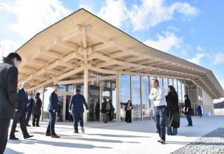 かさ上げ地にオープンした交流施設「陸前高田アムウェイハウスまちの縁側」