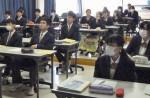 命の大切さ伝える震災授業 青森・百石高、本紙記者招く