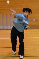 全国小学生選手権2連覇を目標に練習に励む畠山想来=花巻市・湯本地区社会体育館