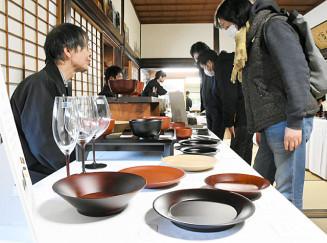 酒と器の組み合わせを楽しむことができる「酒と肴の器」の会場