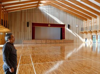 【2020年2月20日】 公民館分館と併設して整備された多目的ホール。災害時の避難所として機能発揮が期待される一方、日常の活用が課題だ