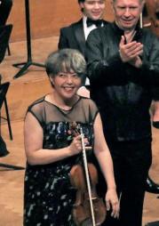 11日、ベルギー・ブリュッセルの王立音楽院で東日本大震災の復興支援公演を行った堀米ゆず子さん(共同)