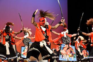 昨年の県高校総合文化祭で、最優秀賞に輝いた北上翔南鬼剣舞部=2019年10月