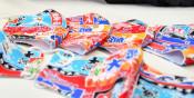 大漁旗マスク 全国が注目 大槌「おばちゃんくらぶ」に予約300件