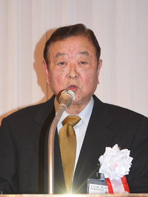 「地域に元気を与えられる催しを継続する」と誓う加賀邦彦新会長