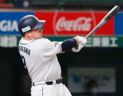 山川が3試合連続本塁打 プロ野球練習試合