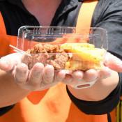 食べてみて 住田の唐揚げ 町産の鶏、豚肉使い12店提供